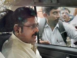 Dinakaran Seeks Bail Two Leaves Bribery Case