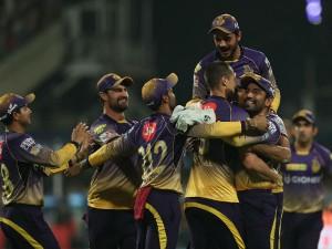 Kolkata Crush Bangalore 82 Runs Restrict Rcb Lowest Ever Ip