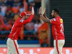 Ipl 2017 Match 26 All Round Punjab Outshine Gujarat 26 Run