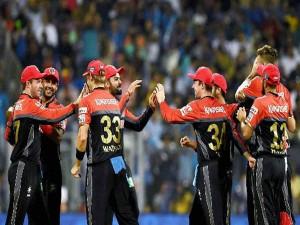 Rain Delayed The Toss Indian Premier League