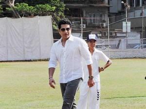 Wishes Showering Worldwide Star Cricketer Sachin Tendulkar On His Birthday