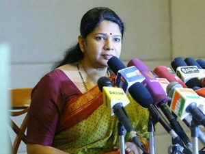 Not Only Rajini Anyone Can Come Politics Says Kanimozhi