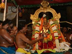 Pattabhishekam Perform Goddess Meenakshi