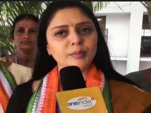 Nagma Has Welcomes Rajinikanth S Political Entry