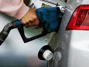 Petrol Price Slashed Rs 2 16 Per Litre Diesel Rs 2 10 Per Li