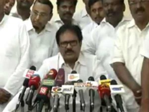 Tn Congress President Asks Why Bjp Is Pushing Rajini Join Their Party