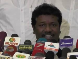 Karunaas Denies Money Bribing Charges