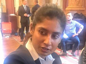 Mithali Raj Slams Pakistani Scribe Asking Who Is Your Favourite Male Cricketer