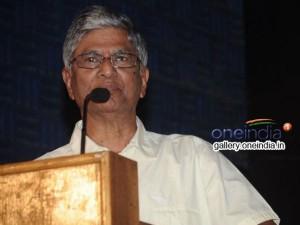 Sa Chandrasekar S Hint On Vijay S Political Moves