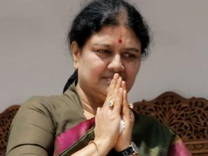 Ttv Dinakaran Dr Venkatesh Met Sasikala Today At Parappan Jail
