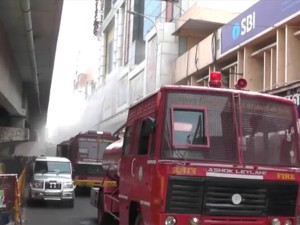 Chennai Silks Building Demolition Fears The Nearby Residents