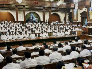 Mla Subramanian Boycotts Rajendra Balaji Speech Assembly