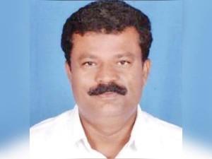 Minister Balakrishna Reddy Blockaded