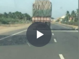 Drunken Driver Driven Lorry Met Accident Namakkal