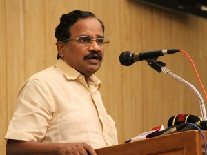 Rajini Will Enter Politics Soon Says Tamilaruvi Manian