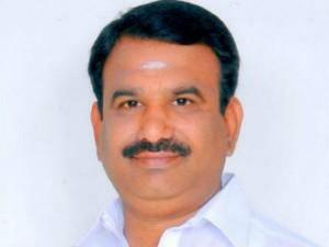 More Than 30 Mla S Will Come Ttv Dinakaran S Team Says Ambur Mla Balasubramani