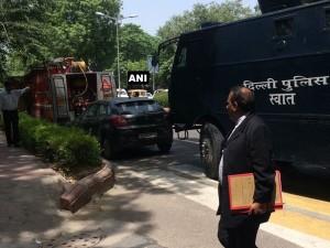 Delhi Hc On High Alert Following Bomb Threat