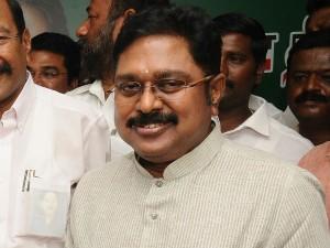 Admk Ttv Dinakaran Supporters Vistis Chennai