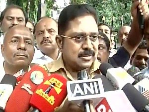 Aiadmk Men Are Eager Know What The Ttv Dinakaran Will Going To Speak
