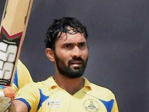 Dinesh Karthik Wants Play Chennai Super Kings Csk Ipl