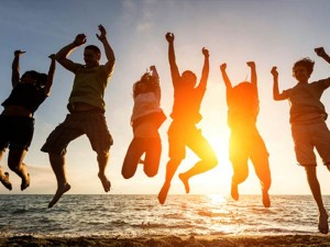 Honour Your Friends And Celebrate Friendship Day 2017 On August 6 Sunday