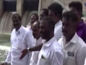 Pmk Leader G K Mani Demand Vegetable Center At Krishnagiri