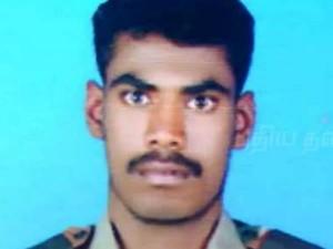Soldiers Killed After Overnight Gun Battle Kashmir