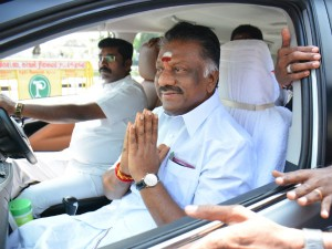 Ops Eps Teams Merges Ops Team Going Admk Party Headquarters
