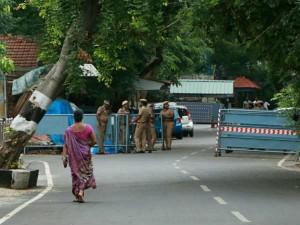 Police Tighten Security Near Jaya S Poes Garden Residence