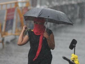 Rain Lashes Many Parts The Chennai Bangalore