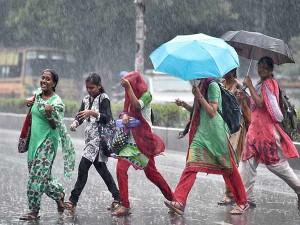 Chennai Met Office Says Expecting Heavy Rain Tamilnadu