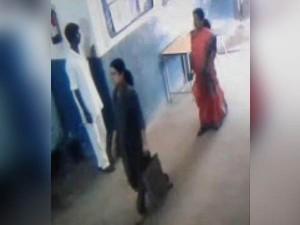 New Video On Sasikala Walk Of Jail Goes Viral