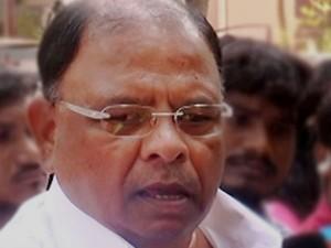Dinakaran Camp Mla Vetrivel Threats Police