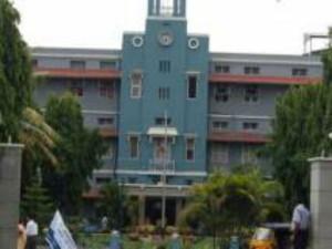 Vellore Cmc Halts Admissions Over Neet