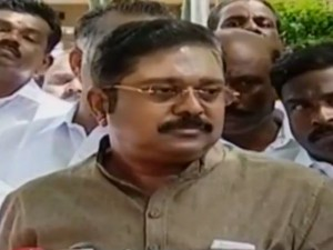 Ttv Dinakaran Lost His Cool At Press Meet