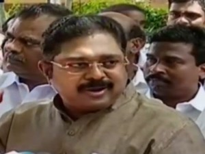 Ttv Dinakaran Accuses That Police Threatening Our Mlas Coorg