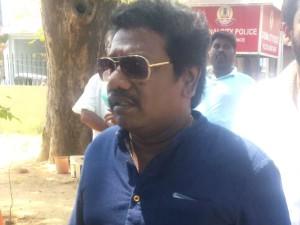 Comedian Karunaas Meets Pon Radhakrishnan