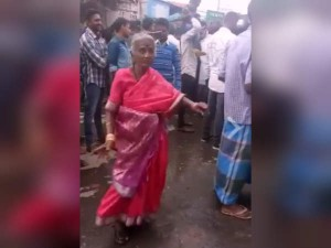 Old Lady Dance Video Became Viral On Social Medias