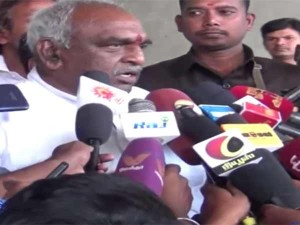 Central Minister Pon Radhakrishnan Refused Say Comments About Anitha Suicide