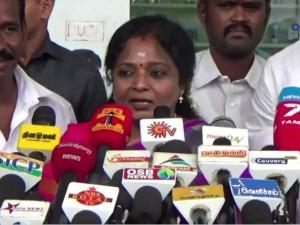 Actor Santhanam Builder Exchange Blows Over Financial Deal