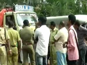 Will Kamalhaasan Request Kerala Cm Stop Dumping Poultry Waste Tamil Nadu