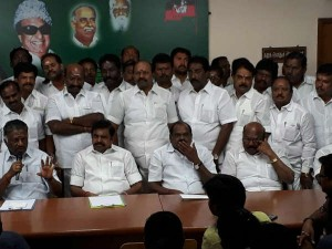Aiadmk Faces One More Dharmayutham