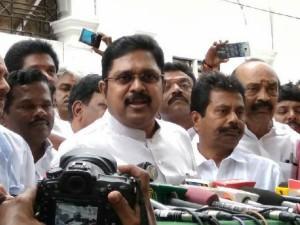 Dinakaran Slams Ministers Says Tn Govt Is Deficit
