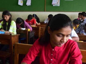 Central Government Proposing Prepare Neet Question Paper With State Board Syllabus