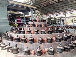 Somavara Pradosham Siva Temple Nandhi Abhisekam Today