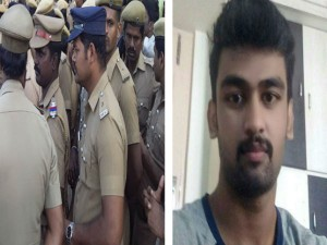 Police Gives Sweets People After Verdict Announced Dhaswant