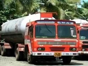 Negotiation On Lpg Tanker Lorries Strike Starts Mumbai