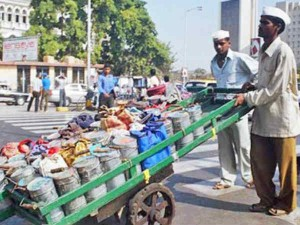 Duppa Wala S Are Helping Mumbai Farmers March Providing Food