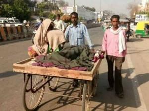 No Ambulance Up Poor Man Carries Wife S Body Handcart 5 Km