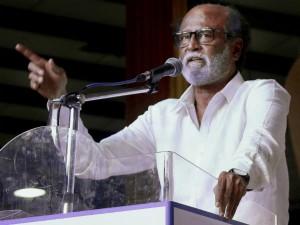 Why Rajinikanth Praise Mgr Karunanidhi The Same Speech